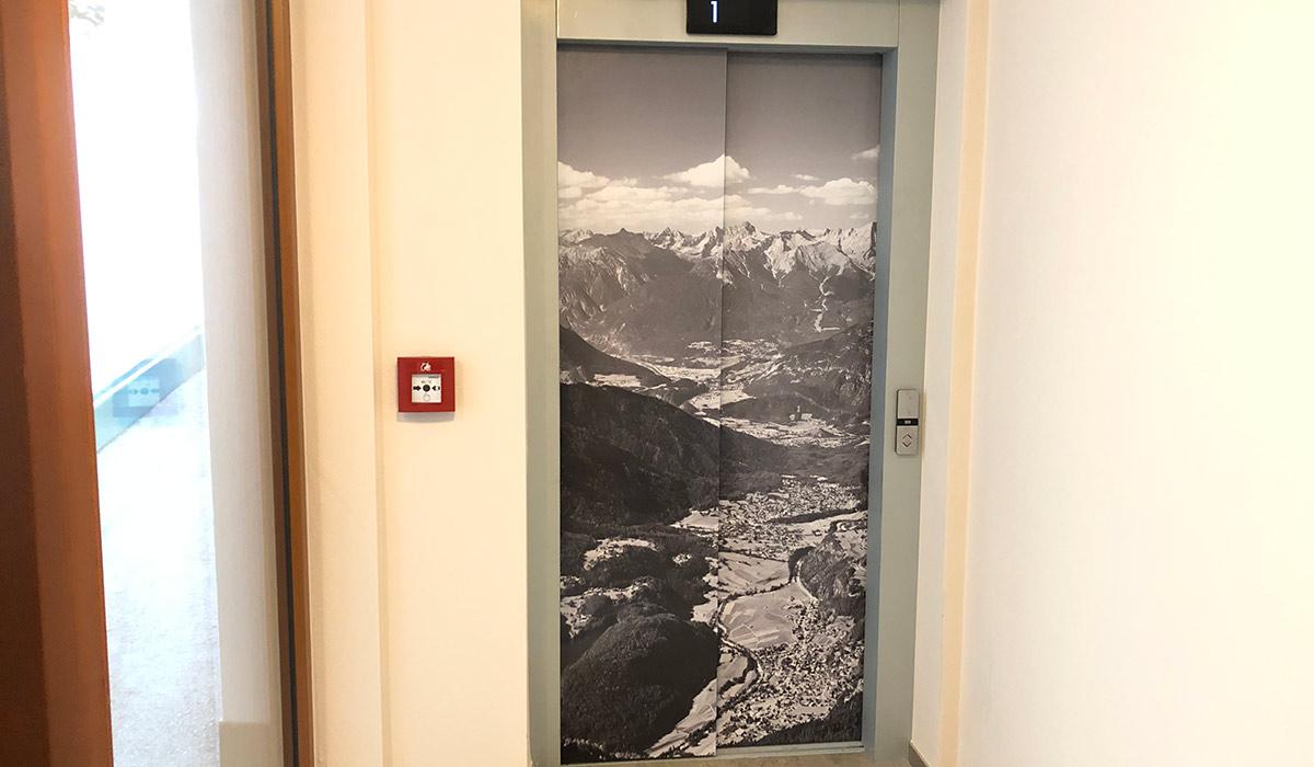Aufzug/Lift Türen