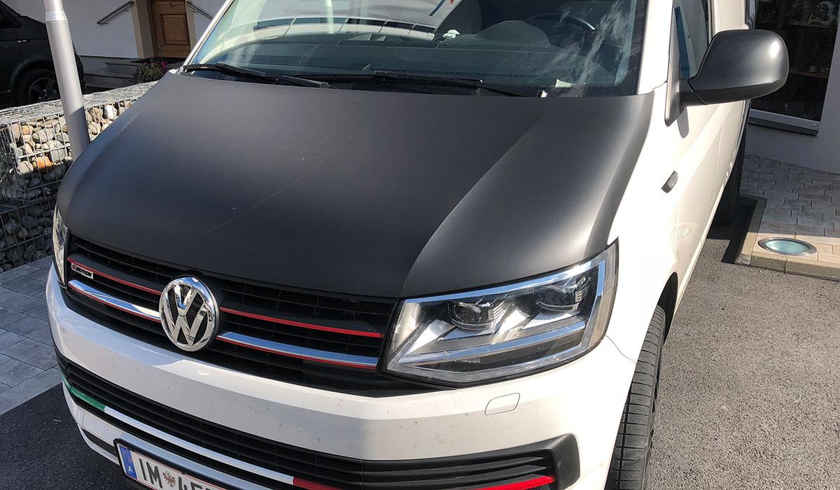 VW Bus Haubenbeklebung